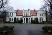 HOTEL położony w BUDYNKU PAŁACOWYM z XIX wieku