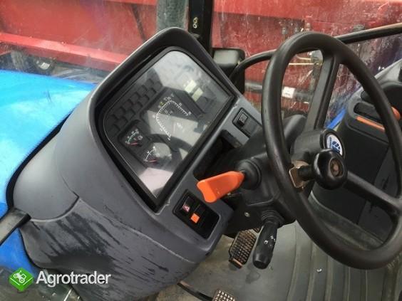 Ciągnik rolniczy  New Holland TM 125 - 2000 ROK - zdjęcie 2