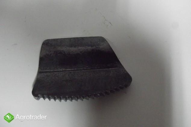 Zębatka pedału hamulca URSUS C 330