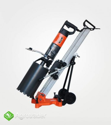 WIERTNICA do betonu3-biegowa (otwornica) moc silnika 2300W max 165mm