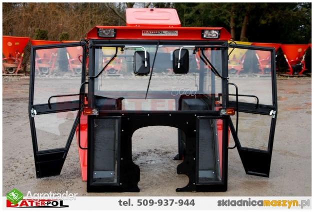 Kabina C-360 NAGLAK z metalowymi kanciastymi błotnikami (komfortowa)  - zdjęcie 4