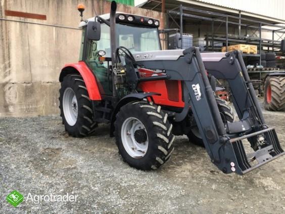 Massey Ferguson 547z5 traktor - zdjęcie 2