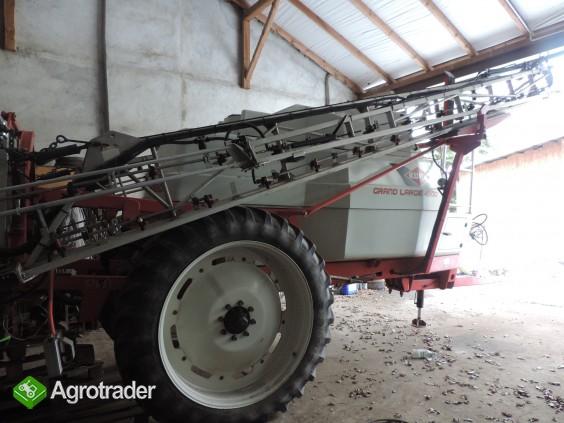 Opryskiwacz KUHN GRAND LARGE 450, 2011 r., 28 m., pojemność 4500 l